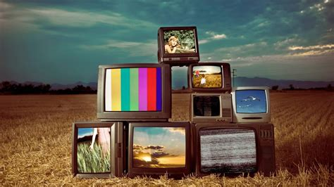 f la lattellier 01fr181mc tv when did the color tv come out reference