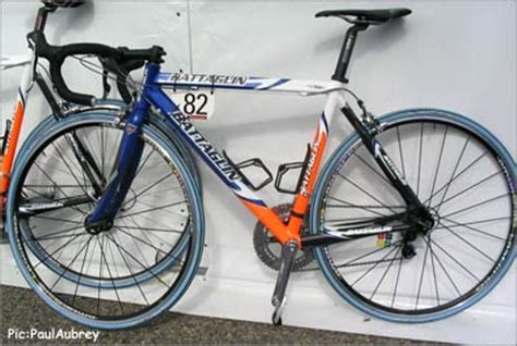 Raket Pro Ace High End Cool Rides New Team Bikes From Tdu Pezcycling News