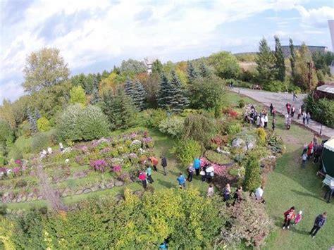 Memorial Botanical Garden Of Demidov Solikamsk Ryssland Memorial Botanical Garden