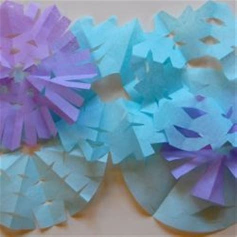 How To Make Tissue Paper Snowflakes - 30 ideas ways to make a snowflake on as we grow