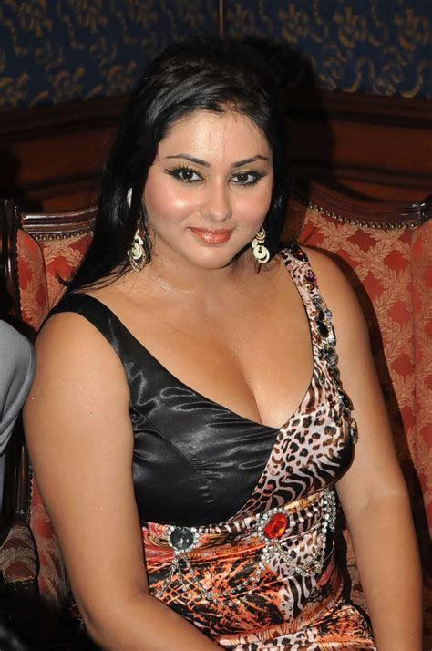 body measurements celebrity measurements bra size namitha body measurements celebrity bra size body