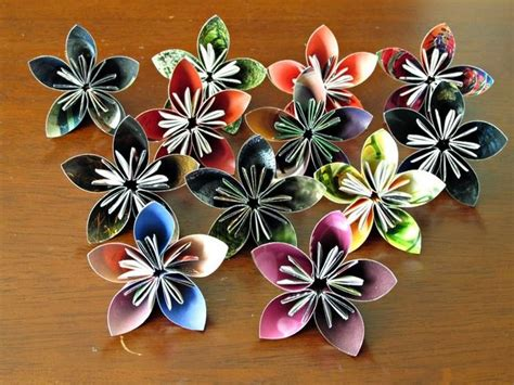 How To Make Recycled Paper Flowers - the award winning glue made from recycled materials by