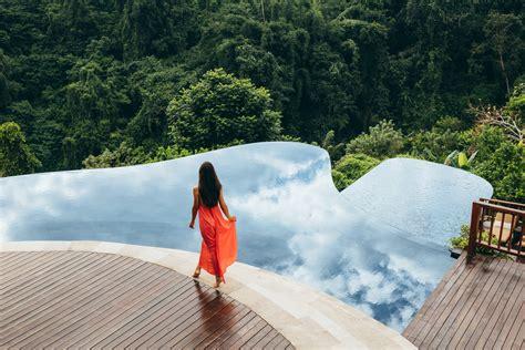 infinity pools   world elite traveler