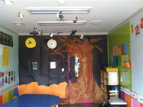 Halloween Themes For School | home accessories awesome classroom decorations with
