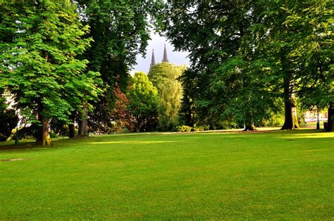 royal garden prague tourist information
