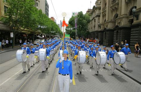 new year parade melbourne melbourne australia the land marching band leads