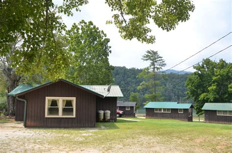 Fontana Cabin Rentals by Cabin And Cottage Rentals On Lake Fontana Bryson City Carolina Almond Boat And Rv Park