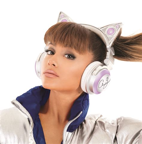 ariana grande light up cat ears hollywoodtuna 187 ariana grande pictures