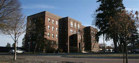 le mars ia floyd valley apartments oakleaf property