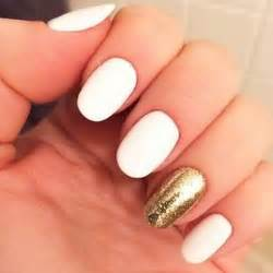 35 and amazing white and gold nail designs