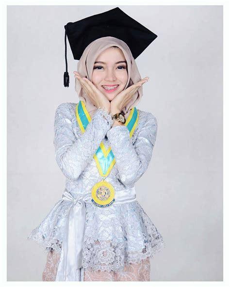 Baju Wisuda Anak trend model kebaya anak muda modern untuk acara wisuda