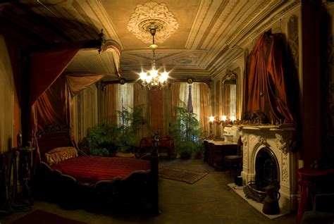 Victorian Bedrooms | photo quest a very victorian christmas