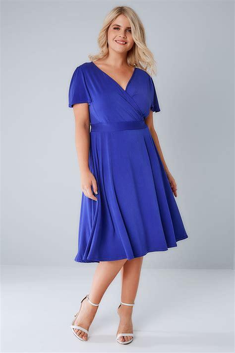 Laudya Dress Rajut voluptuous blue lyra wrap dress plus size 16 to 32
