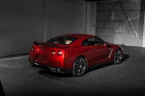 2015 nissan gt r nismo first drive motor trend