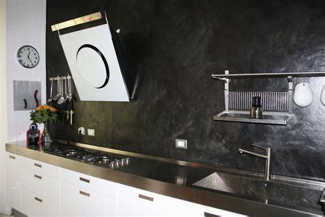 come mettere le piastrelle al muro rivestimento cucina resina pareti pannelli e