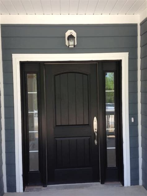 Black Exterior Doors 25 Best Ideas About Black Front Doors On Pinterest Paint Doors Black Black Door And Black