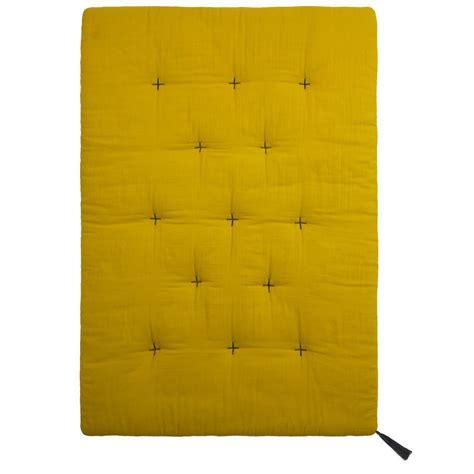 edredon futon numero 74 edredon futon jaune tournesol numero 74 d 233 coration