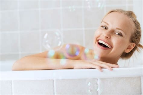 new girl bathtub great news for lazy people don t want to exercise take