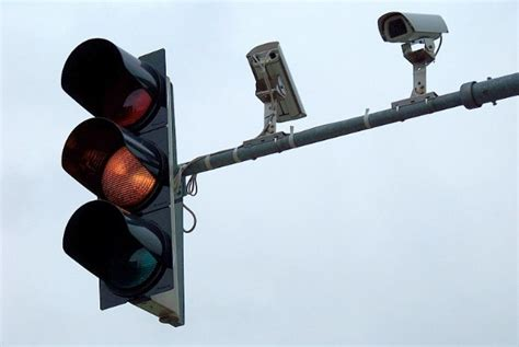 Cameras On Traffic Lights by One Third Of Light Violators In La Opting Not