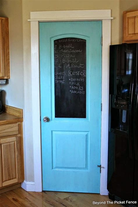 Door Kitchen Pantry by Best 25 Chalkboard Pantry Doors Ideas On