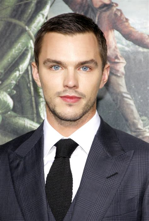 ed westwick weight height ethnicity hair color eye color nicholas hoult weight height ethnicity hair color eye color