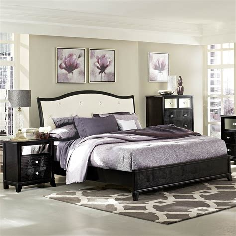 vinyl in bedroom homelegance jacqueline 3 piece platform bedroom set w white bi cast vinyl headboard