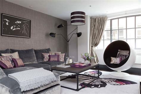 aubergine farbe kombinieren und im wohnraum einsetzen