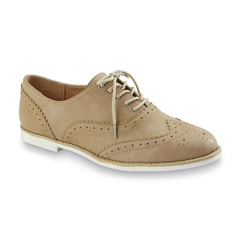 womens wingtip oxford shoes seventeen s sicily wingtip oxford shoe