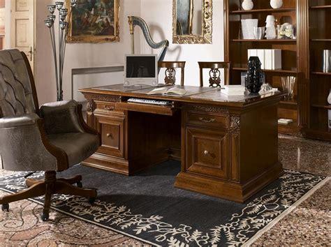 scrivanie di lusso scrivania classica di lusso in legno intagliato per