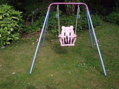 Baby Garden Swing - wooden baby swing outdoor wooden design ideas