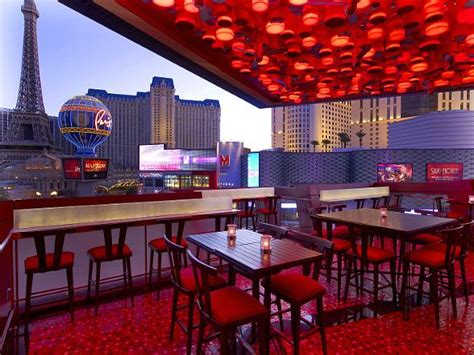 Patio Dining Las Vegas by Comme 199 A Las Vegas Premieres Weekly Soiree For Locals
