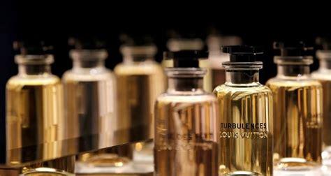 covid  louis vuitton hasilkan produk hand sanitizer sendiri murai