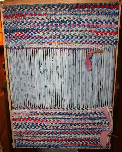 rag rug loom tutorial guess what i just bought a loom to make rag rugs or table runners all out of strips of