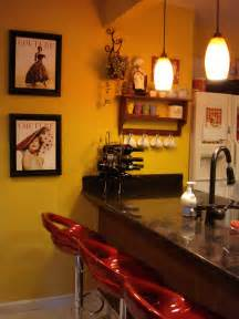Bistro Themed Kitchen Decor - paris decor blog