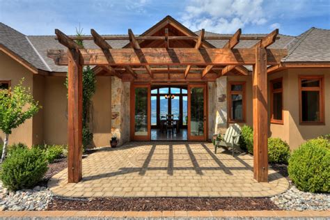 kelowna luxury homes luxury estate acreage luxury homes castanet net