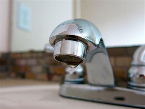 moen kitchen faucet removal instructions moen faucet removal instructions containment