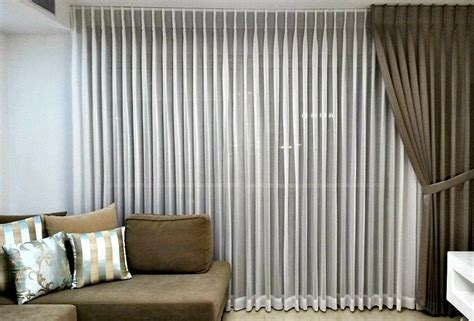 hanging drapes drapes and curtains an easy guide to hanging your drapes