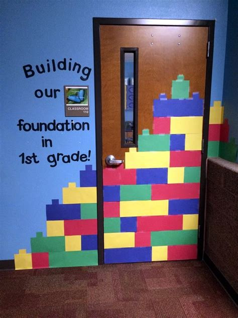 life in first grade my new door 40 excellent classroom decoration ideas bored art