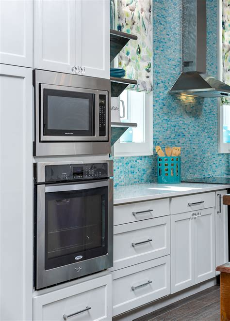 inexpensive kitchen appliances this gorgeous kitchen is high style low budget