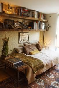 bedding and home decor best 25 vintage room ideas on pinterest bedroom vintage vintage bedroom decor and vintage vanity