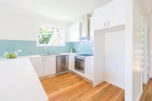 flat kitchen design bilgola sydney flat project style kitchen
