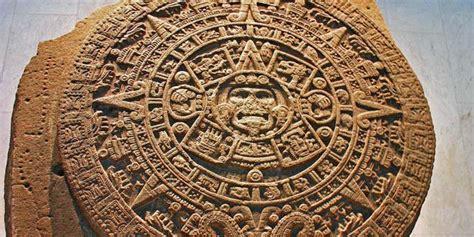 Religious Calendar Comparison Aztecs Vs Mayans Difference And Comparison Diffen