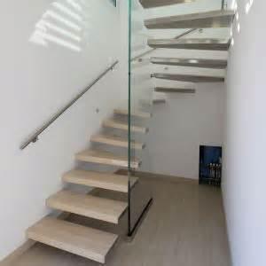 ytong treppe kragarmtreppen treppen treppenbau holztreppen