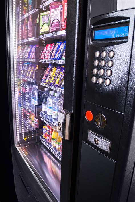 verona  dual snack soft drinks vending machine