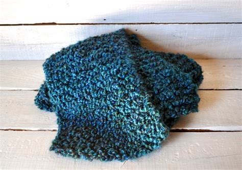 Chunky Knit Scarf And Tips For Working With Homespun Yarn