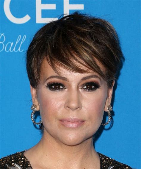 millisa milanos hair alyssa milano short straight hairstyle try on this
