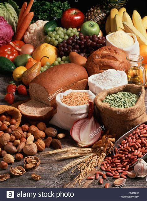 whole grains vegetables and nuts are exles of 1990s vegan vegetarian strict vegetarian food groups