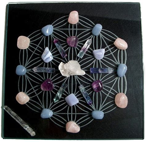 sacred geomotry crystal grid