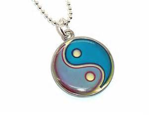 mood necklaces colors yin yang mood necklace color changing by weepinggrove