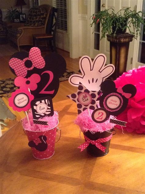 Minnie Mouse Table Decorations by Minnie Mouse Table Decor Mickey Or Minnie Mouse